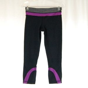 Lululemon Capri Pants / Leggings
